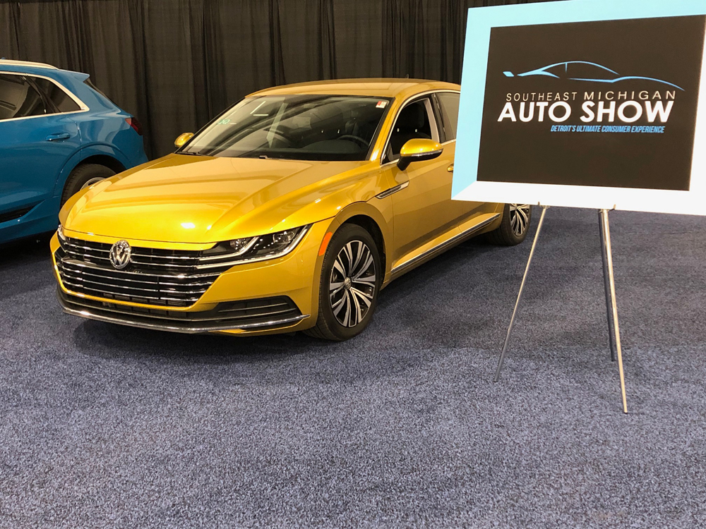 Southeast Michigan Auto Show Gold Car