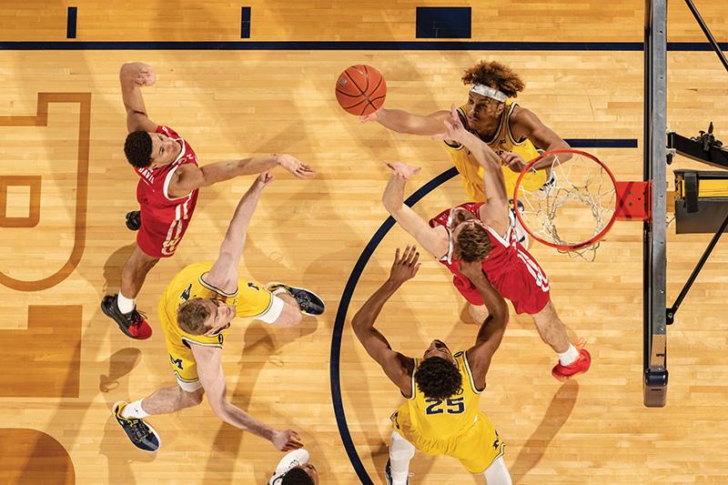 Juwan Howard - university of michigan basketball