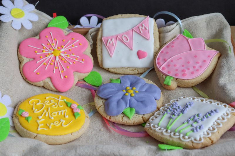 Crust Mother's Day Cookie Box