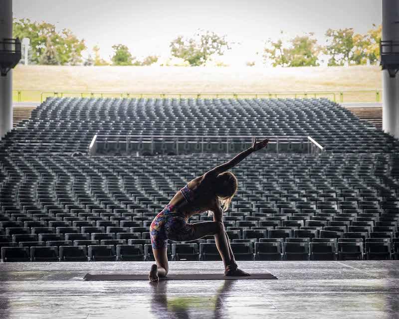 yoga on the lawn - citizen yoga