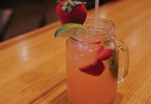 bobcat bonnie's strawberry moscow mule